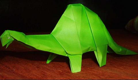 Апатозавр оригами