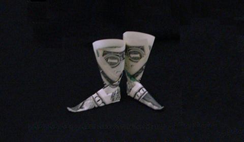 оригами из денег сапоги из