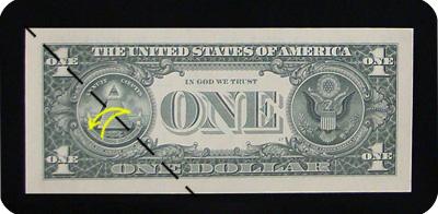 закладка с сердцем из денег 2