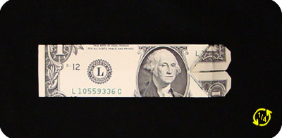закладка с сердцем из денег 20