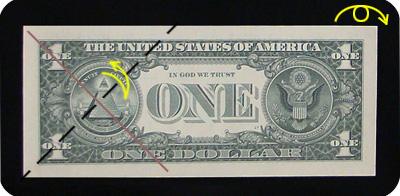 закладка с сердцем из денег 3