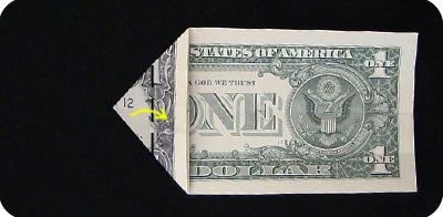 закладка с сердцем из денег 7