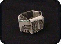 кольцо из денег 18