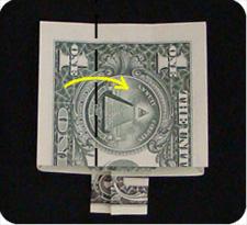 крест из денег 20