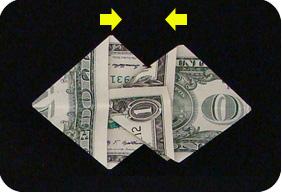 орнамент из денег 19