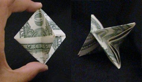 орнамент из денег