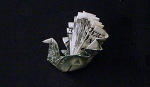 павлин из денег оригами