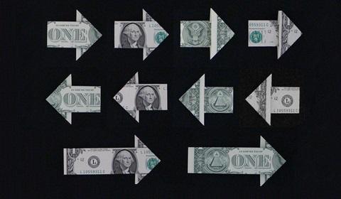 стрелка из денег