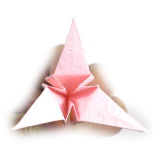 Лилия поделка из бумаги 22