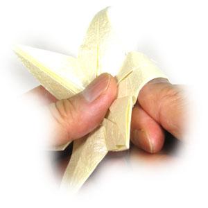 лилия оригами из бумаги 40