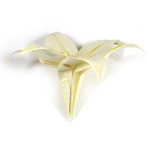 лилия оригами из бумаги 43