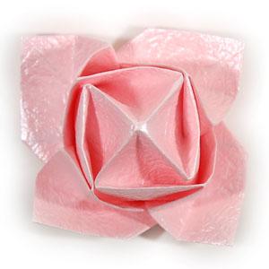 объёмная роза из бумаги 64