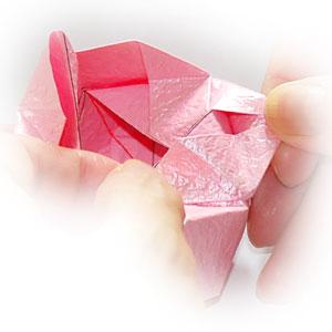 объёмная роза оригами 53