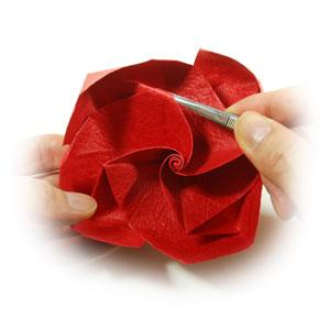 простая роза из бумаги 61