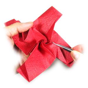 простая роза оригами из бумаги 21