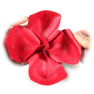 простая роза оригами из бумаги 34