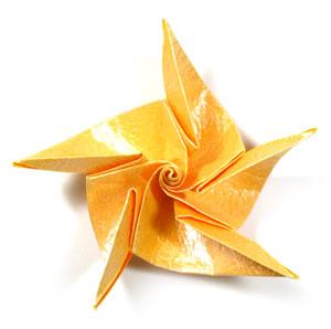 простая роза с пятью лепестками из бумаги 39